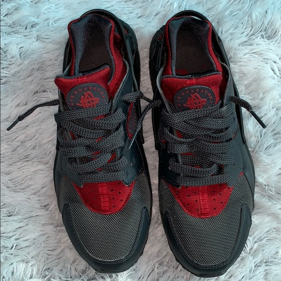 Nike Shoes - NWOT Nike Air Gray and Red Huaraches